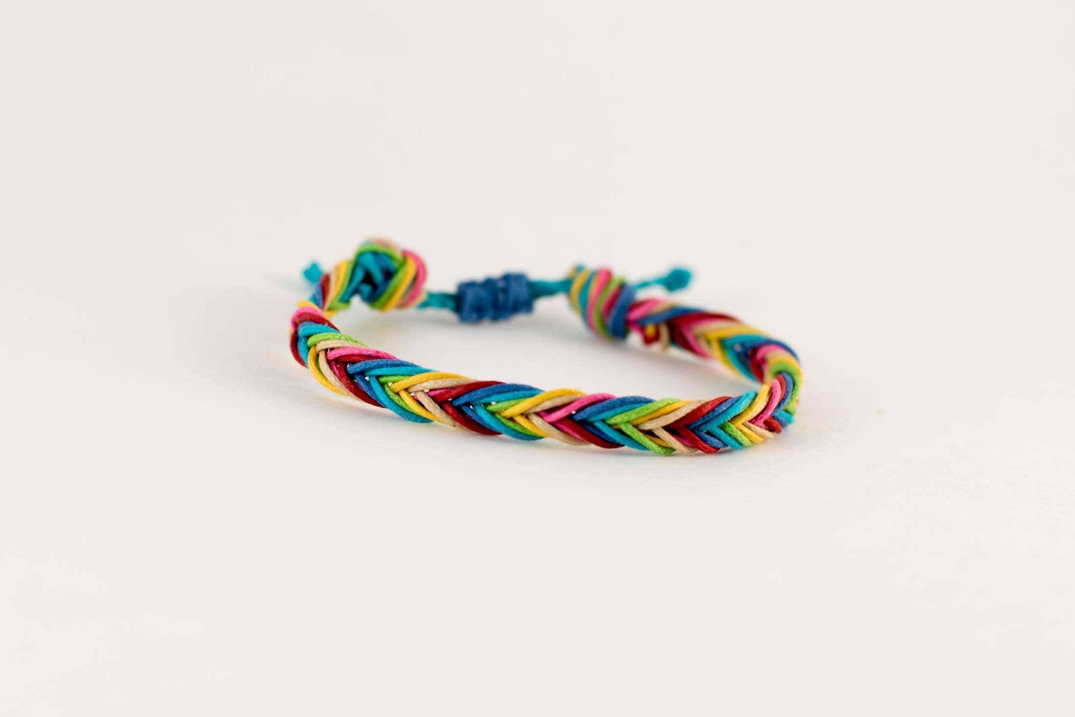 DIY Rainbow Fishtail Braid Macrame Friendship Bracelet ...