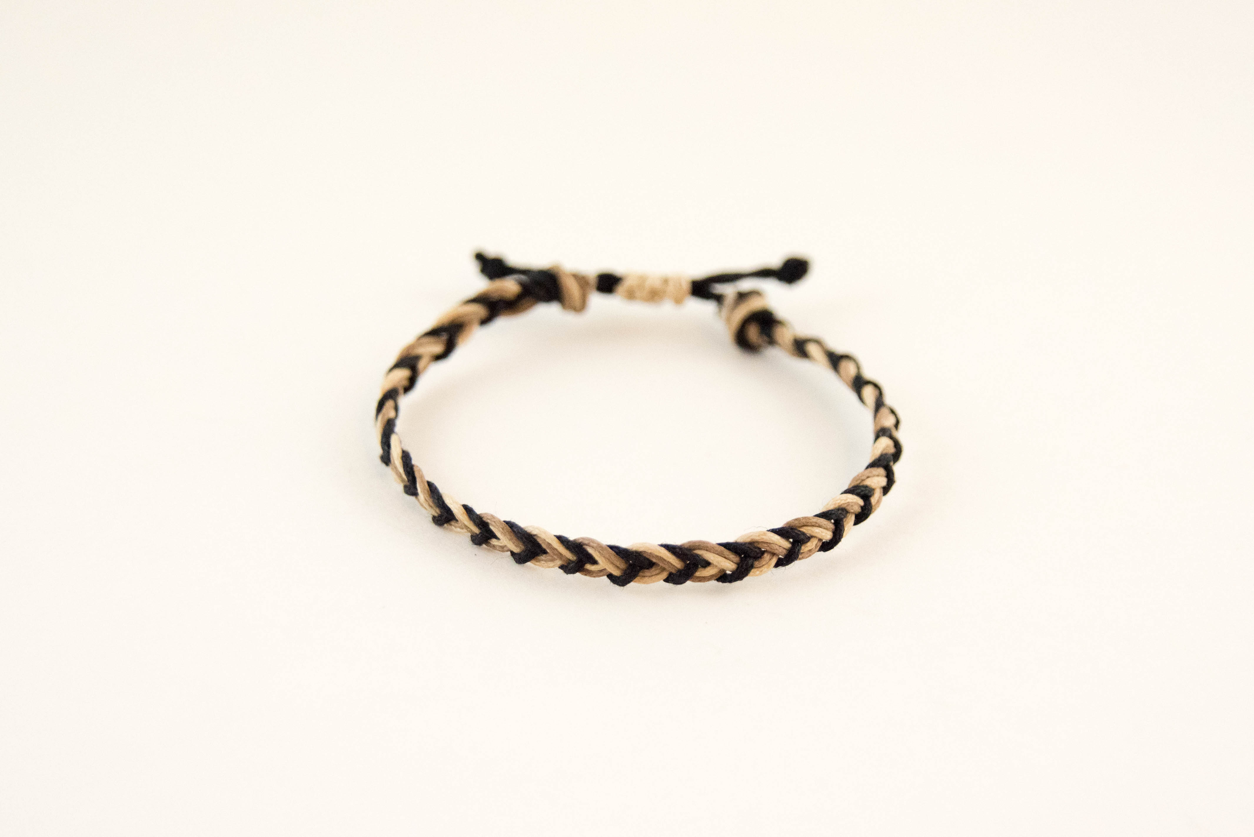 diy macrame braided friendship bracelet likely by sea. Black Bedroom Furniture Sets. Home Design Ideas