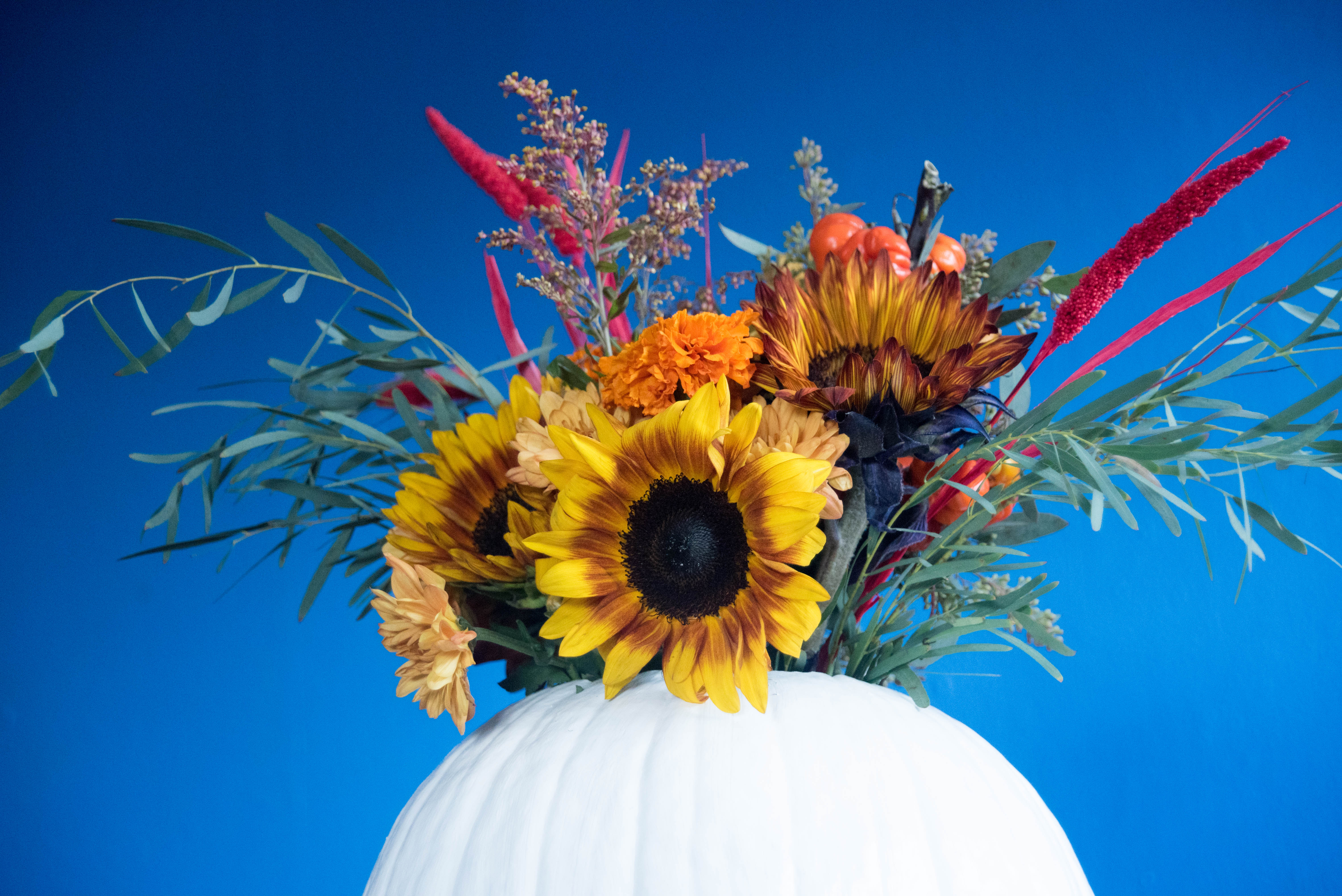 diy thanskgiving pumpkin centerpiece